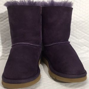 Girls UGG boots S/N 3280T, size 10 Purple